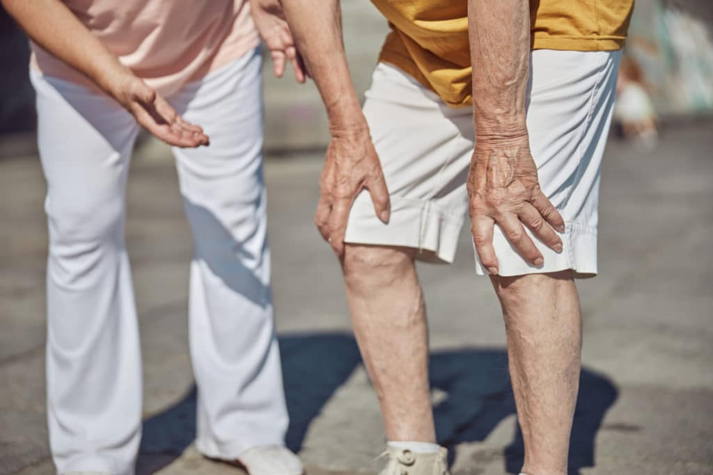 gout knee and foot pain cbd treatment